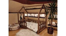 Hausbett Bella mit Barrieren Farbe italienischer Walnuss